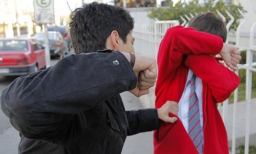 10 dấu hiệu trẻ bị bắt nạt ở trường