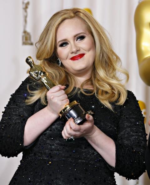 Adele chuẩn bị ra album mới vào dịp Giáng sinh