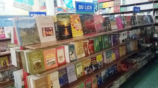 """Ấn phẩm quảng bá du lịch Quảng Bình: Mỏi mắt tìm... """"hàng hiếm"""""""