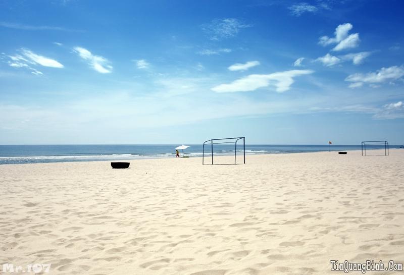 Bãi biển Nhật Lệ - chuỗi ngọc xanh biếc của Quảng Bình