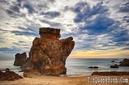 Bãi đá Nhảy Quảng Bình - ngổn ngang và kì thú