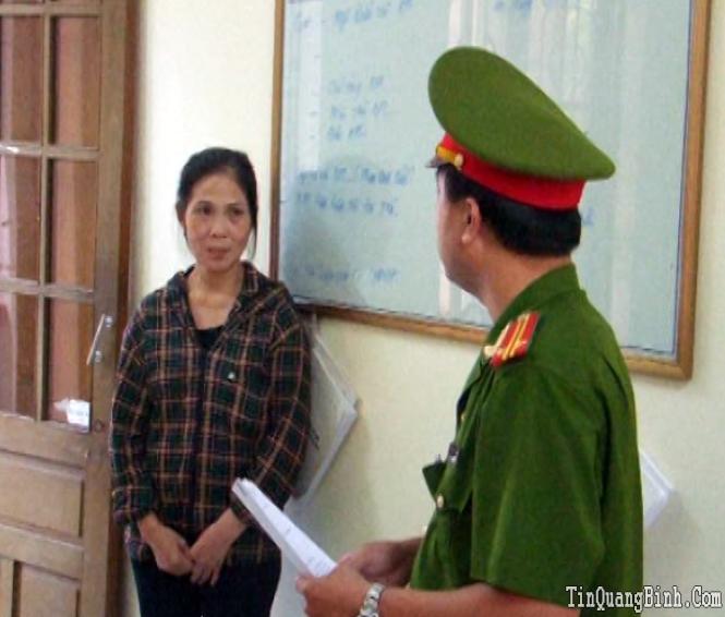 Bắt đối tượng vận chuyển ma túy tổng hợp từ Lào về Việt Nam