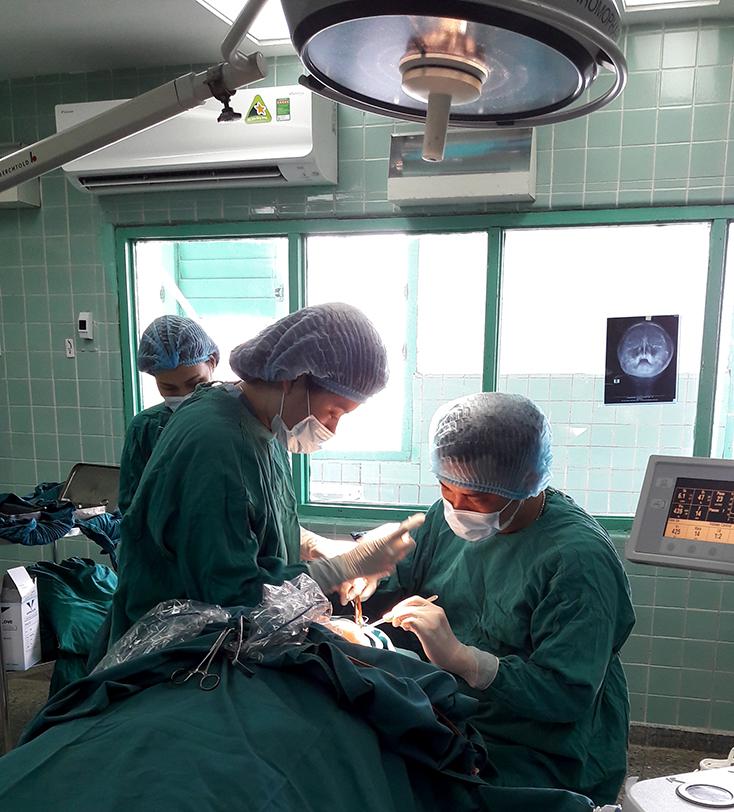 Bệnh viện hữu nghị Việt Nam-Cuba Đồng Hới: Cứu sống và tạo hình khuôn mặt bệnh nhân bị dập nát