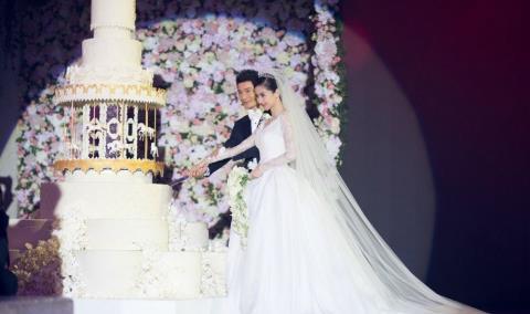Bí ẩn con số 527 trong đám cưới Huỳnh Hiểu Minh - Angela Baby