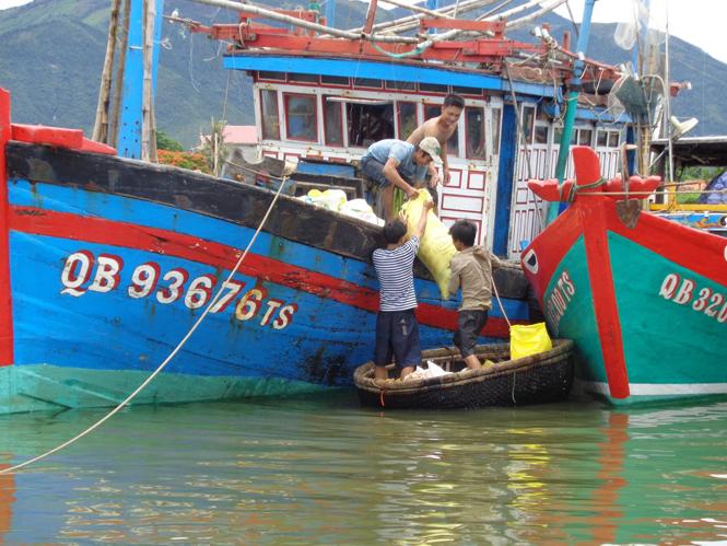 Biển mặn đời ngư - Bài 1: Nhọc nhằn nghề biển