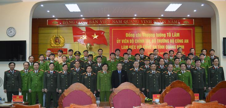 Bộ trưởng Bộ Công an làm việc với Công an tỉnh Quảng Bình