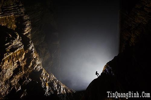 Bức tường Việt Nam trong hang Sơn Đoòng