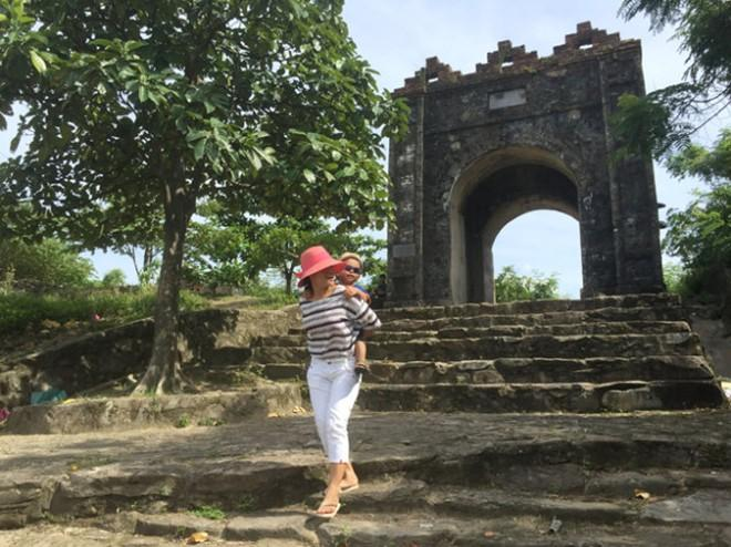 Bước tới đèo Ngang...