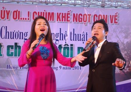 """Ca sỹ Trọng Tấn- Anh Thơ: """"Tôi hát cho dân tôi nghe"""""""