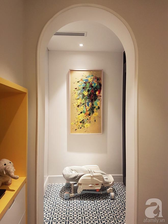Căn hộ 230m² có phong cách nội thất mang đậm dấu ấn phương Tây của vợ chồng trẻ ở Hà Nội