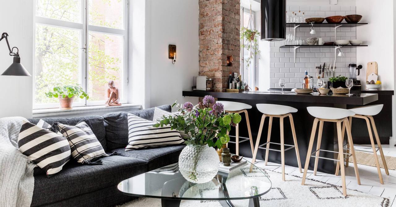Căn hộ 45m² sáng bừng với sắc trắng bao trùm, đồ nội thất nổi bật trong mọi khoảnh khắc