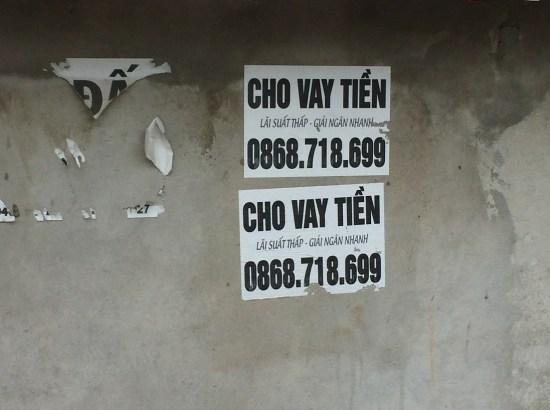 Cần xử lý hành vi rải tờ rơi, dán quảng cáo cho vay tiền