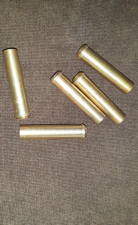 Cảnh sát 113 nổ súng trấn áp 2 băng nhóm dùng kiếm và mã tấu thanh toán nhau