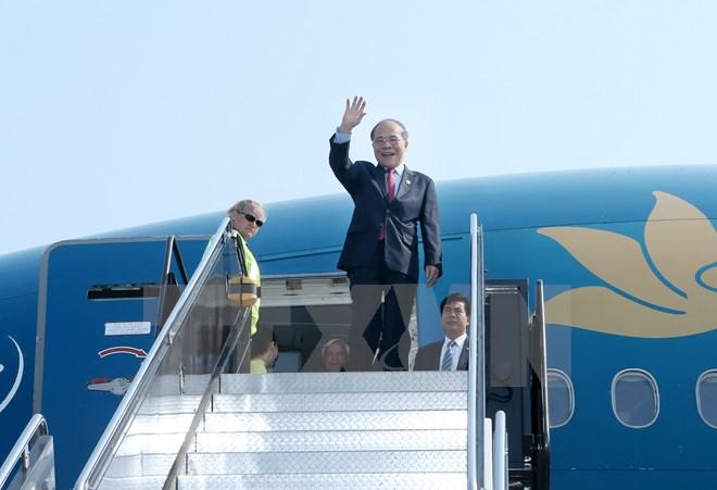 Chủ tịch Quốc hội Nguyễn Sinh Hùng bắt đầu thăm thành phố Boston