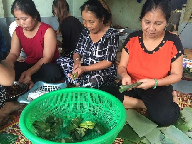 Chuyện người phụ nữ nghèo và thương hiệu Bánh lọc Mệ Xuân nức tiếng Quảng Bình