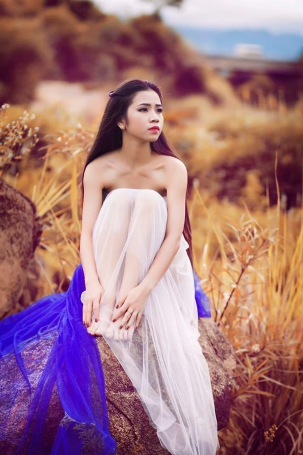 Cô gái Nhật Lệ dự thi Hoa hậu Việt Nam