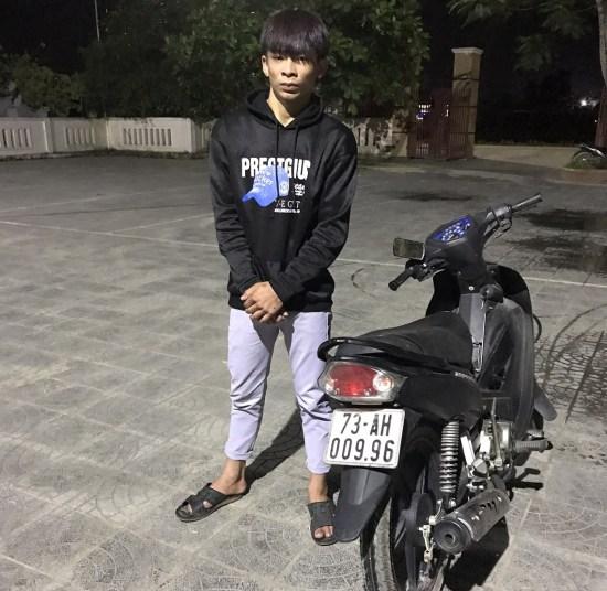 Công an xã Quảng Lộc bắt đối tượng trộm xe máy