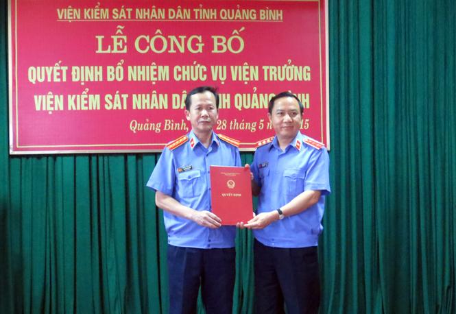Công bố quyết định bổ nhiệm chức vụ Viện trưởng Viện Kiểm sát nhân dân tỉnh