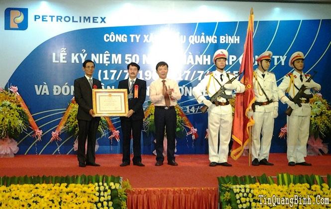 Công ty Xăng dầu Quảng Bình: Kỷ niệm 50 năm thành lập và đón nhận Huân chương Độc lập hạng Ba