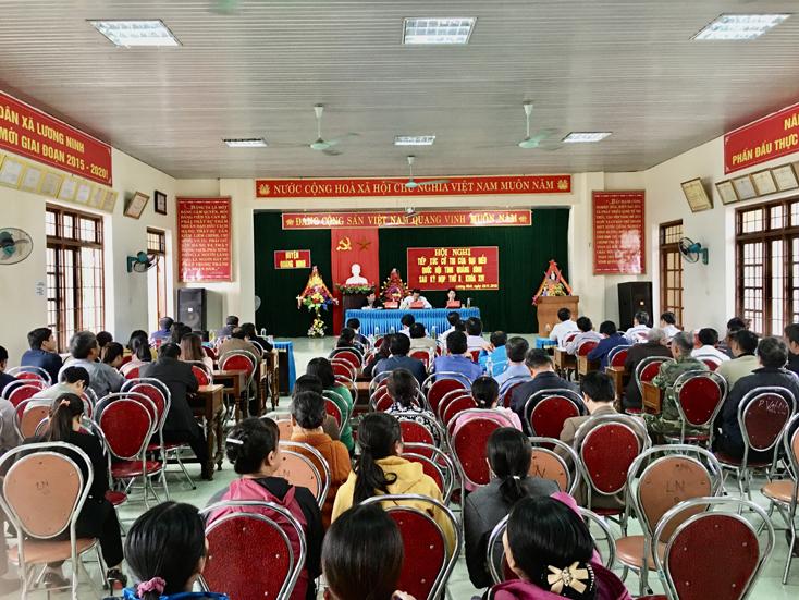 Đại biểu Quốc hội tiếp xúc cử tri huyện Quảng Ninh