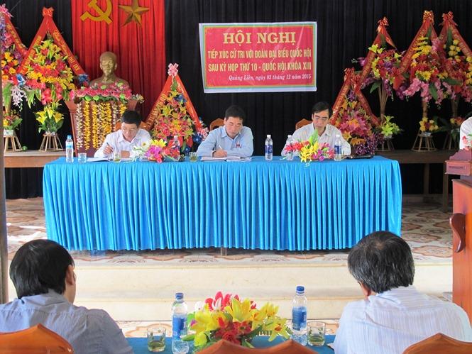 Đại biểu Quốc hội tiếp xúc cử tri sau kỳ họp thứ 10, Quốc hội khóa XIII tại huyện Quảng Trạch
