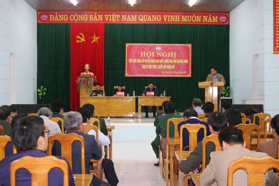 Đại biểu Quốc hội tiếp xúc cử tri tại huyện Minh Hóa và Tuyên Hóa