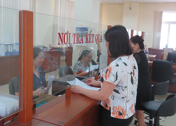 Đảng bộ Cục Thuế tỉnh: Tăng cường lãnh đạo thực hiện nhiệm vụ thu ngân sách