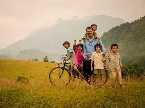 Đạo diễn Lương Đình Dũng: 20 năm giấc mơ 'Cha cõng con'