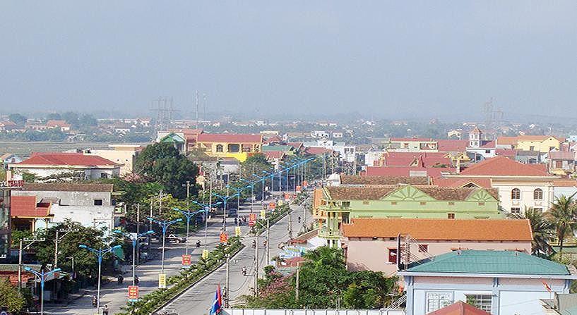 """Đấu giá Quyền sử dụng đất thuê và tài sản gắn liền với đất để thực hiện dự án đầu tư """"Siêu thị thương mại khu vực rạp trời"""", phường Ba Đồn"""