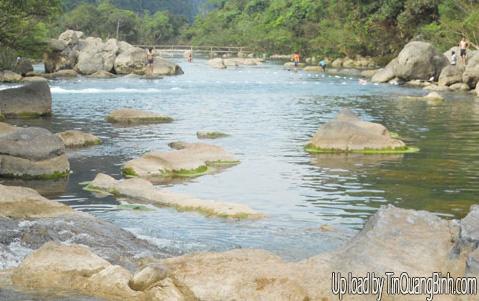 Đầu tư nâng cấp khu du lịch suối Nước Moọc