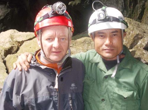 Đề nghị phong tặng Huân chương cho người phát hiện các hang động Phong Nha-Kẻ Bàng