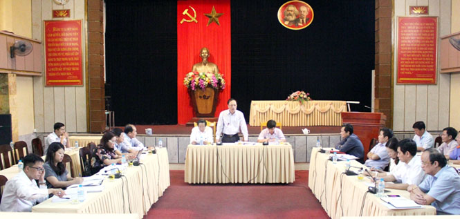 Đoàn công tác của Ban Chỉ đạo tổng kết Nghị quyết số 48-NQ/TW làm việc tại tỉnh Quảng Bình