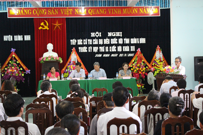 Đoàn đại biểu Quốc hội tỉnh tiếp xúc cử tri huyện Quảng Ninh