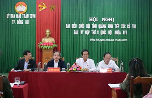 Đoàn Đại biểu Quốc hội tỉnh tiếp xúc cử tri thành phố Đồng Hới sau kỳ họp thứ 8, Quốc hội khóa XIV