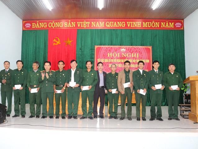 Đoàn ĐBQH tỉnh tiếp xúc cử tri hai huyện Minh Hóa và Tuyên Hóa