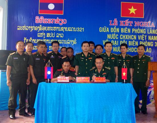 Đồn Biên phòng Làng Ho ký kết nghĩa với Đại đội Biên phòng 321, Lào