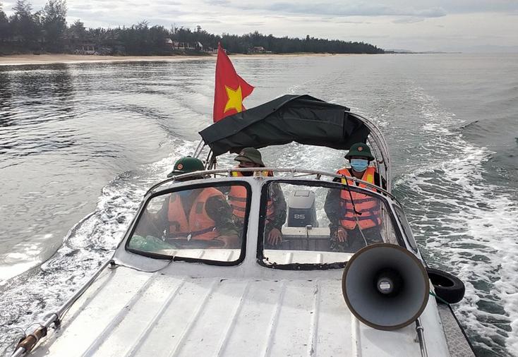 Đồn Biên phòng Nhật Lệ: Thành lập 2 tổ phòng, chống dịch Covid-19 trên bờ và trên biển