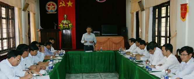 Đồng chí Chủ tịch UBND tỉnh làm việc với Thanh tra tỉnh