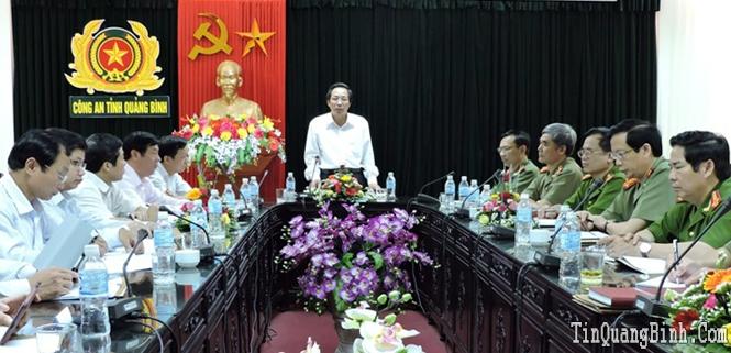 Đồng chí Phó Bí thư Thường trực Tỉnh ủy làm việc với Ban Thường vụ Đảng ủy Công an tỉnh