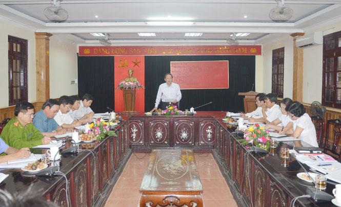 Đồng chí Phó Bí thư Thường trực Tỉnh ủy làm việc với Tòa án nhân dân tỉnh