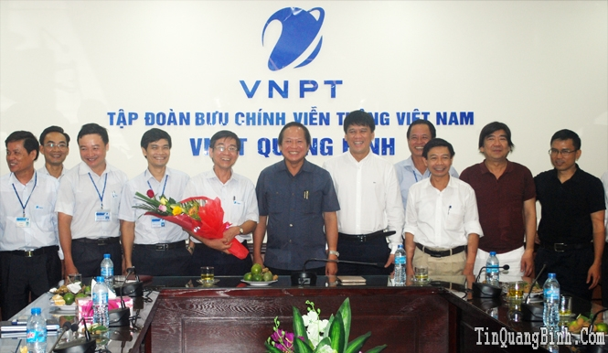 Đồng chí Trương Minh Tuấn, Thứ trưởng Bộ Thông tin-Truyền thông thăm và làm việc tại VNPT Quảng Bình