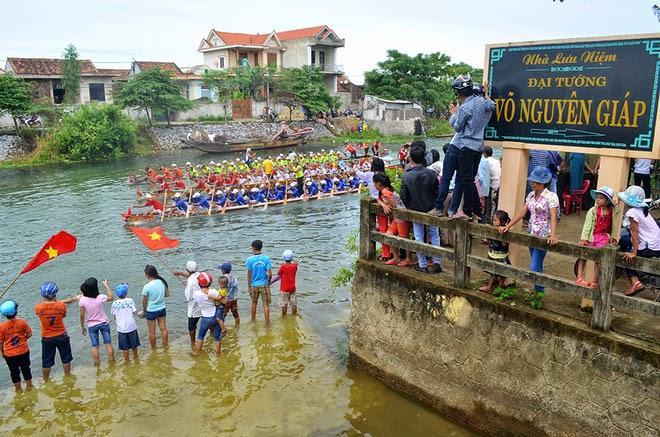Đua thuyền truyền thống ở Lệ Thủy: Dấu ấn lễ hội cộng đồng trong vùng văn hóa Bắc Miền Trung