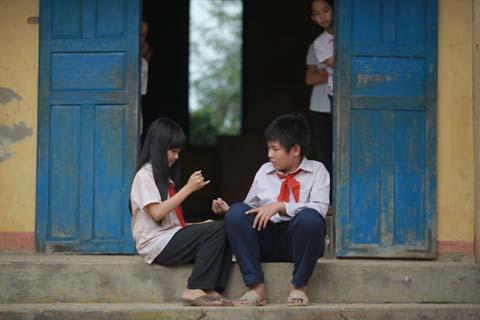 Đưa trẻ em nông thôn lên TP HCM xem 'Tôi thấy hoa vàng trên cỏ xanh'