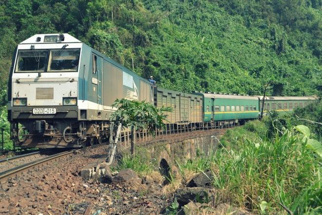 Đường sắt bán vé tàu giá 8.000 - 10.000 đồng