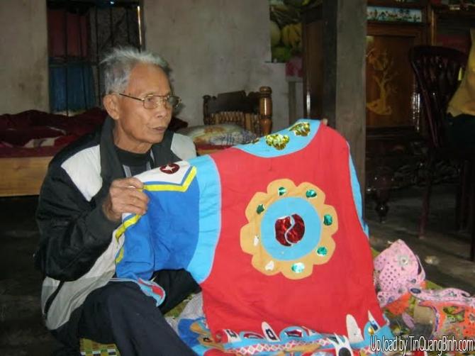 Gặp gỡ nghệ nhân hơn 80 năm đi giữ hồn cho hát tuồng