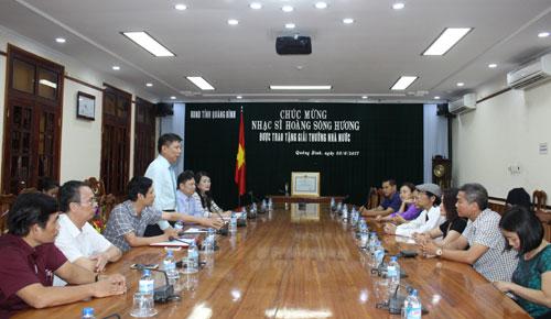 Gặp mặt chúc mừng nhạc sỹ Hoàng Sông Hương được trao tặng giải thưởng Nhà nước