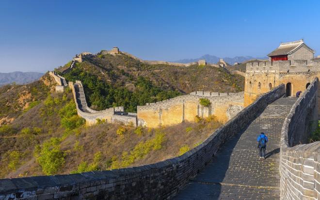 Hang Sơn Đoòng là 1 trong 10 điểm đến biến du khách thành người tí hon