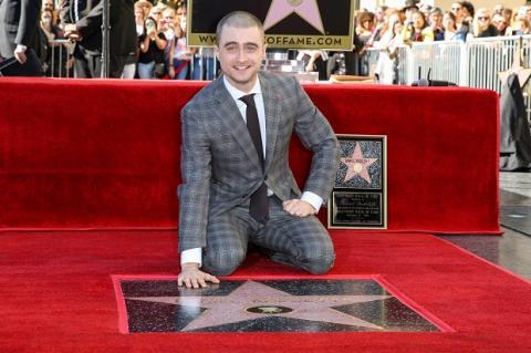 'Harry Potter' Daniel Radcliffe được gắn sao trên Đại lộ Danh vọng Hollywood
