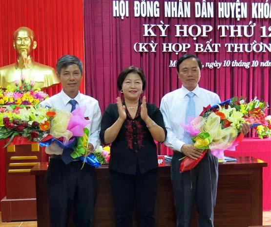 HĐND huyện Minh Hóa tổ chức kỳ họp thứ 12: Đồng chí Đinh Quý Nhân được bầu giữ chức danh Chủ tịch HĐND huyện