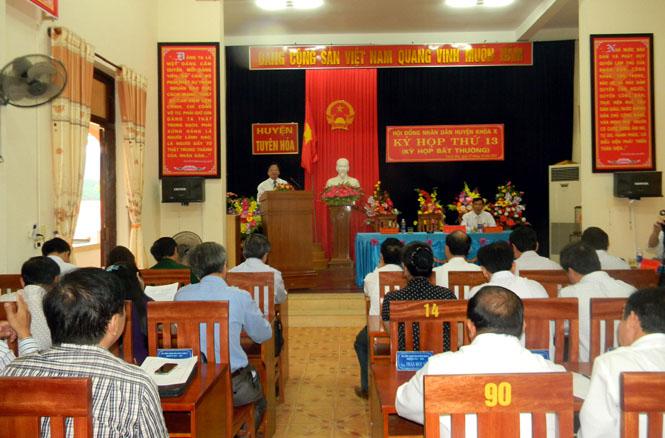 HĐND huyện Tuyên Hoá tổ chức kỳ họp bất thường bầu bổ sung các chức danh Chủ tịch HĐND và UBND huyện